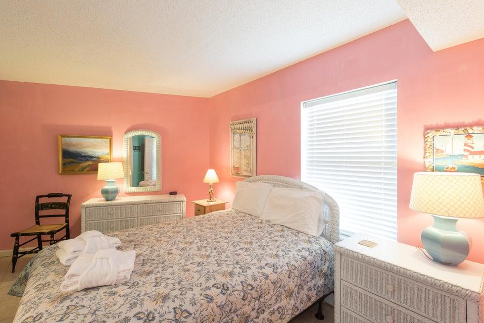 Charleston Oceanfront Villas Homes For Sale - 201 Arctic, Folly Beach, SC - 28