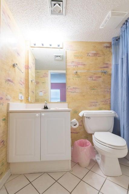 Charleston Oceanfront Villas Homes For Sale - 201 Arctic, Folly Beach, SC - 30