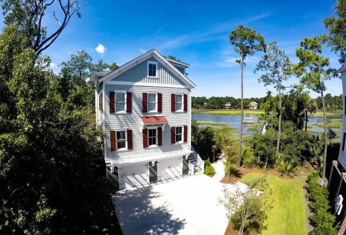 1770  Bergenfield Road Mount Pleasant, SC 29466