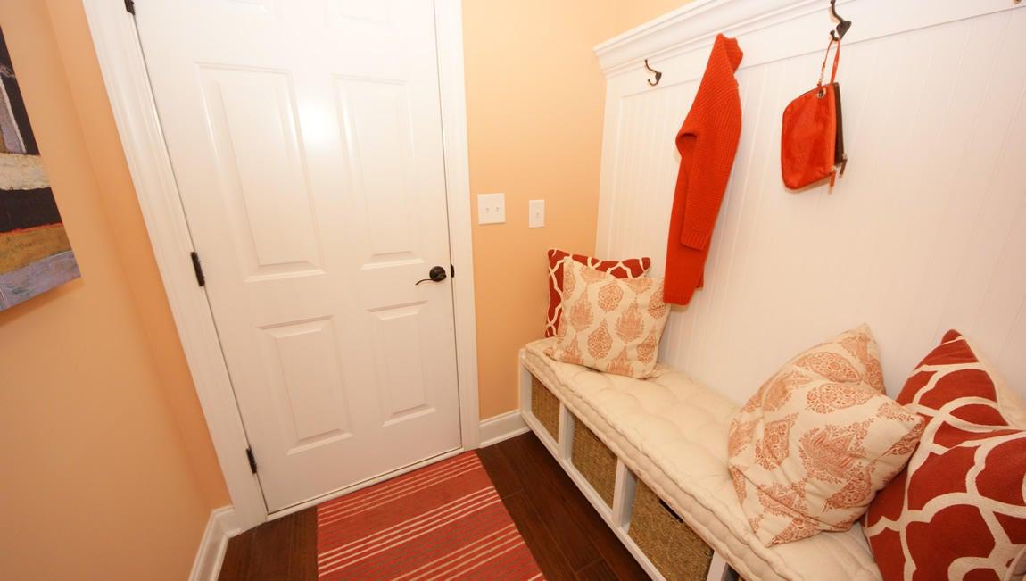 Ask Frank Real Estate Services - MLS Number: 17006343