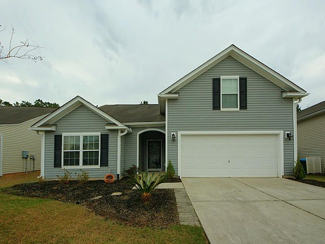 206  Chipping Sparrow Drive Summerville, SC 29485