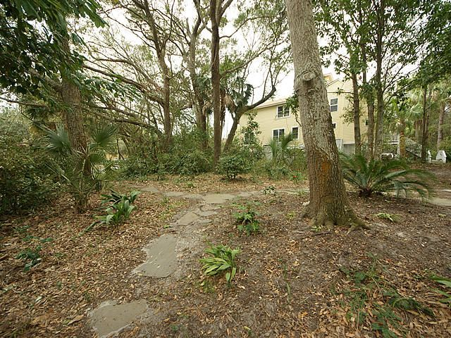 26  Edgewater Alley Isle Of Palms, SC 29451