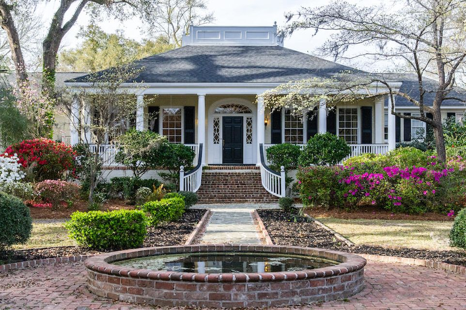 308  Sumter Avenue Summerville, SC 29483