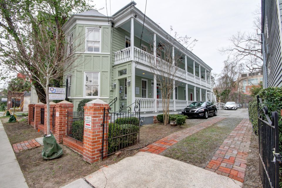 129  Cannon Street Charleston, SC 29403