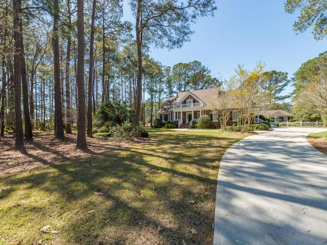 3239  Pignatelli Crescent Mount Pleasant, SC 29466