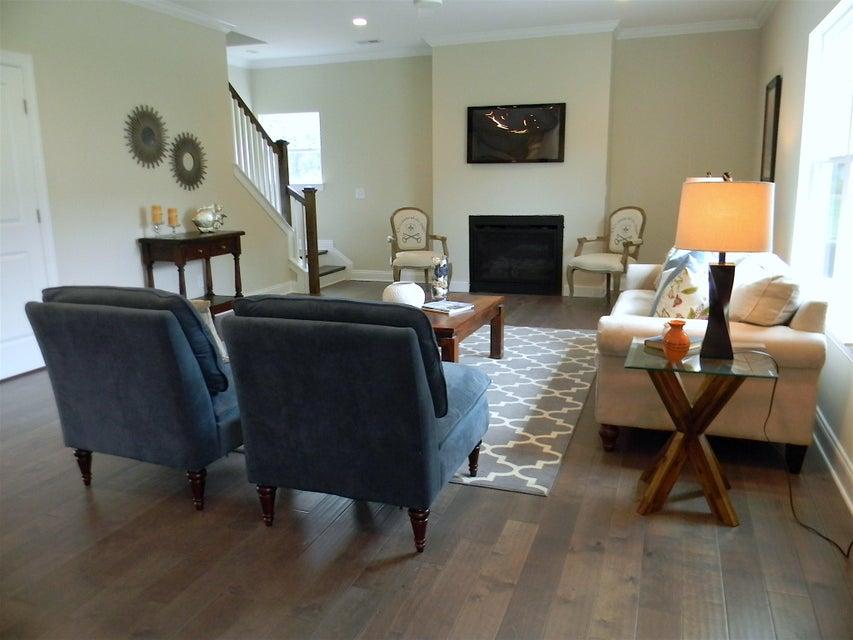 Pemberton Farms Homes For Sale - 1089 Fort Johnson, Charleston, SC - 2