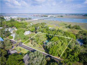 202 E Huron Avenue Folly Beach, SC 29439