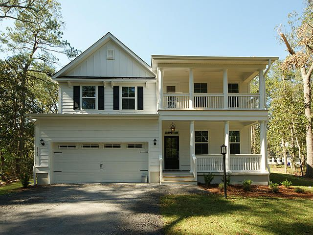4  Waning Way Wando, SC 29492