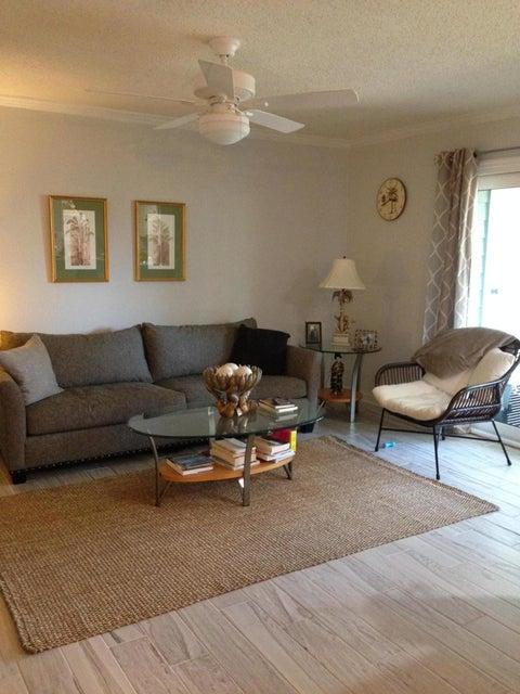 1836  Villa Maison Drive Mount Pleasant, SC 29464