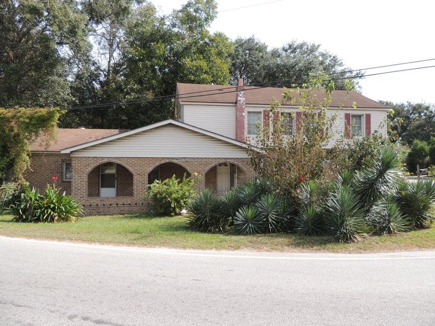 2340  Taylor Street North Charleston, SC 29406