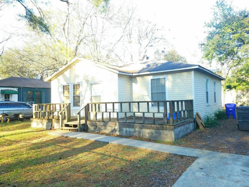 2732  Saratoga Road North Charleston, SC 29405
