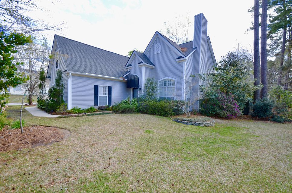 576  Pointe Of Oaks Road Summerville, SC 29485