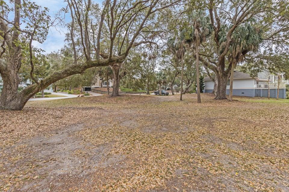 39  Fairway Oaks Lane Isle Of Palms, SC 29451