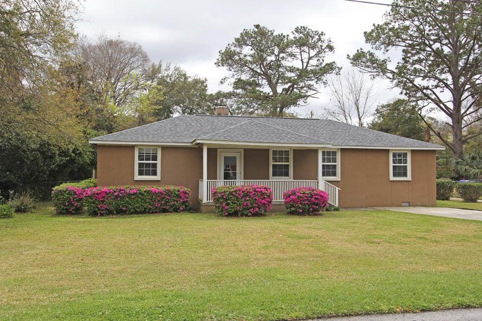 2111  Saint James Drive Charleston, SC 29412