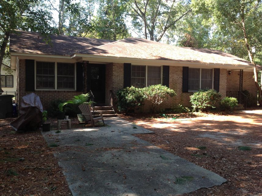 1519  Poinsettia Road Charleston, SC 29407