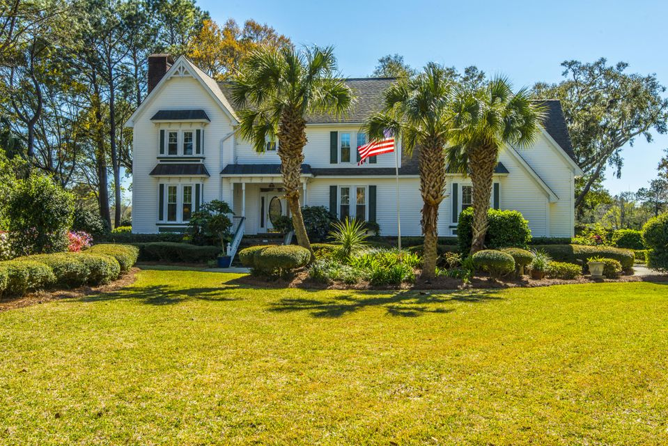 1589  Aztec Lane Mount Pleasant, SC 29466