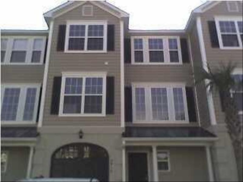 2912  Woodland Park Drive Mount Pleasant, SC 29466