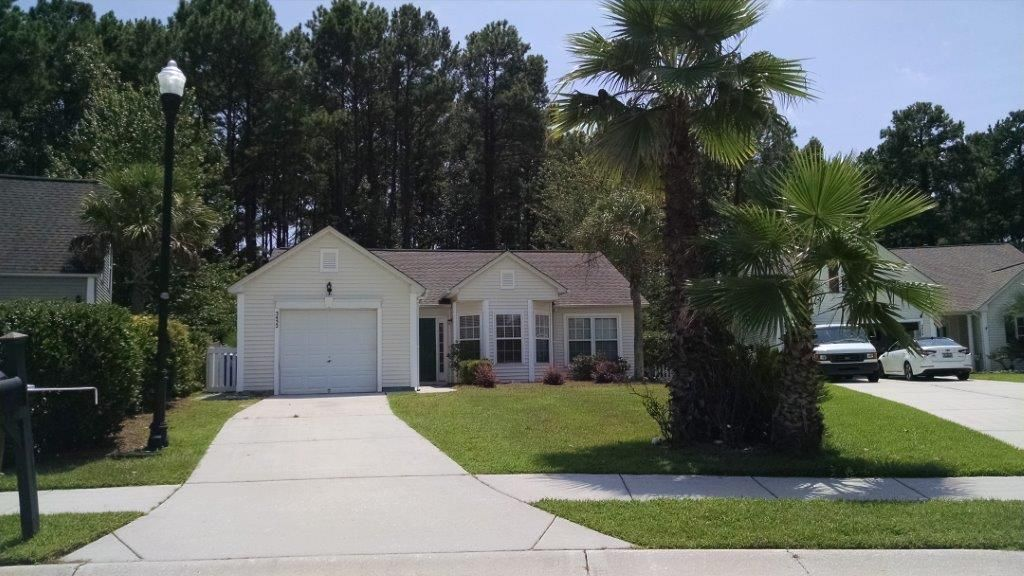 3432  Wellesley Court Mount Pleasant, SC 29466