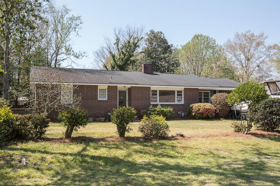 5101  Parkside Drive North Charleston, SC 29405