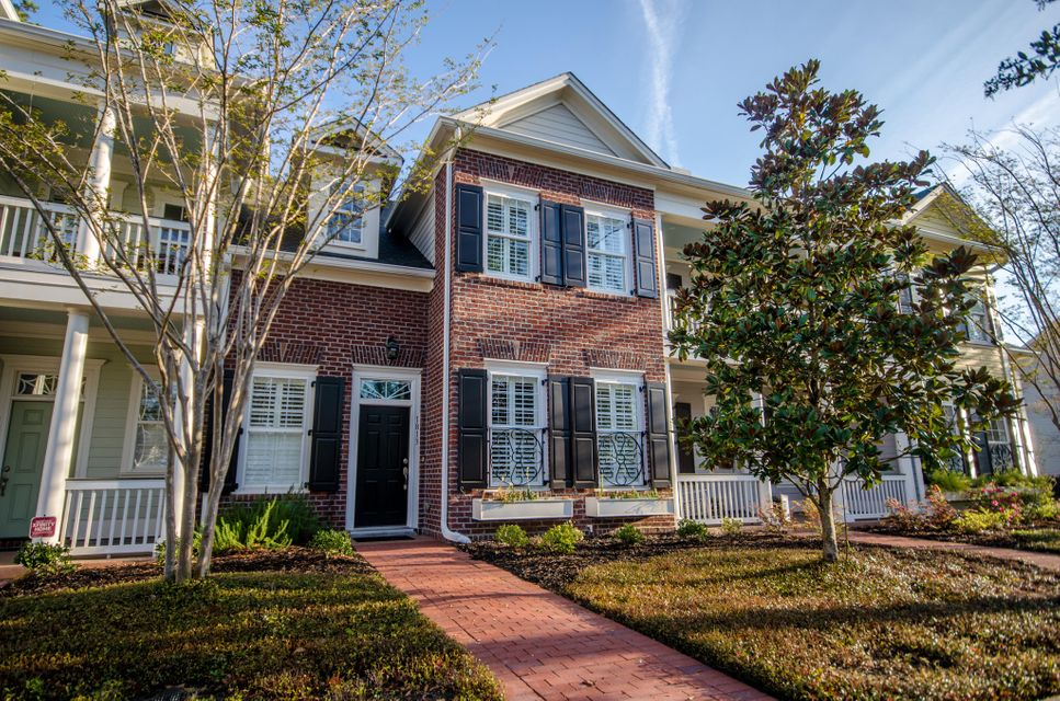 1813  Tennyson Mount Pleasant, SC 29466