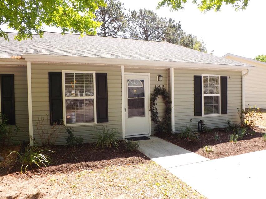 1508  Blaze Lane Charleston, SC 29412