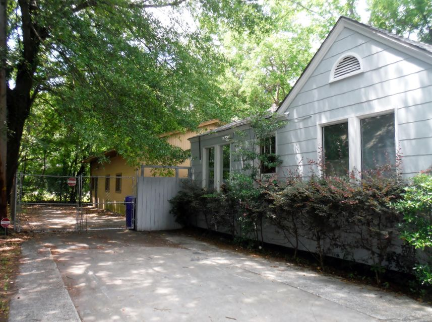 2132  Dorchester Road North Charleston, SC 29405