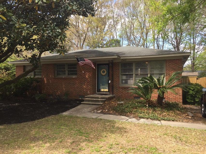 1345  Memory Lane Charleston, SC 29407