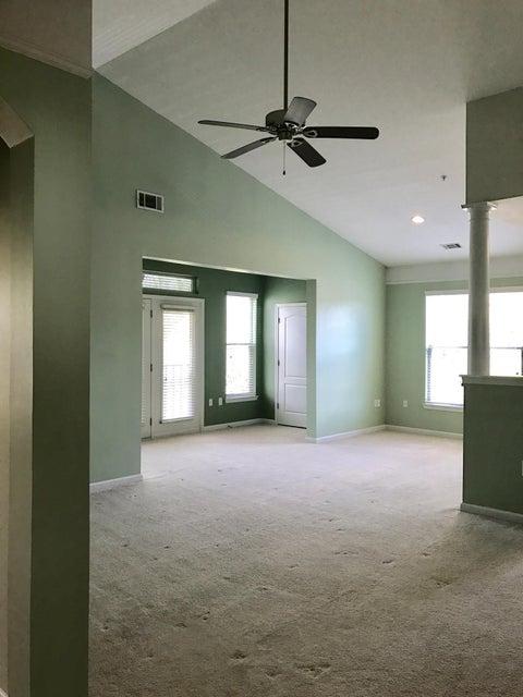 2033  Egret Crest Lane Charleston, SC 29414