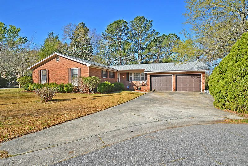 5325  Helene Drive North Charleston, SC 29418