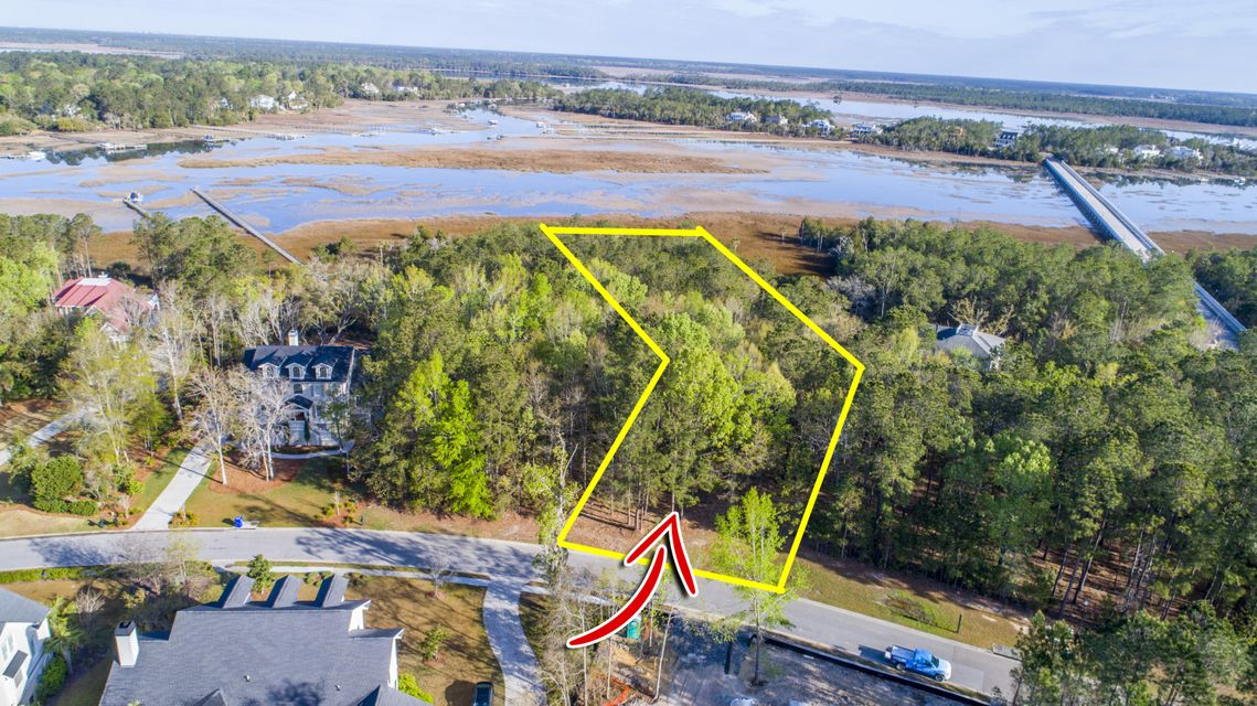 3020  Ashburton Way Mount Pleasant, SC 29466