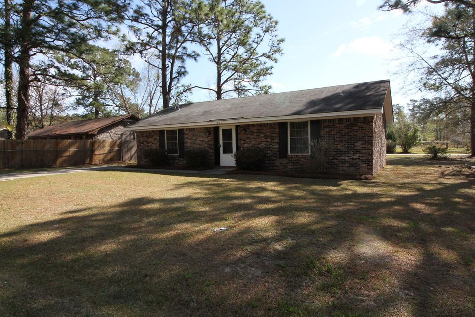 221  Ruth Anne Drive Summerville, SC 29483