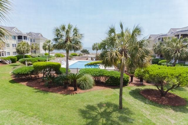 202  Palmetto Drive Isle Of Palms, SC 29451