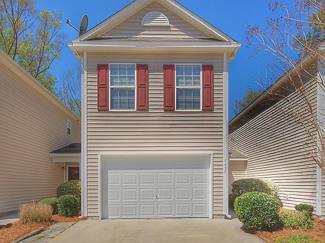 1431  Saratoga Court North Charleston, SC 29420