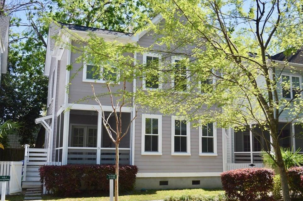 79  Grove Street Charleston, SC 29401