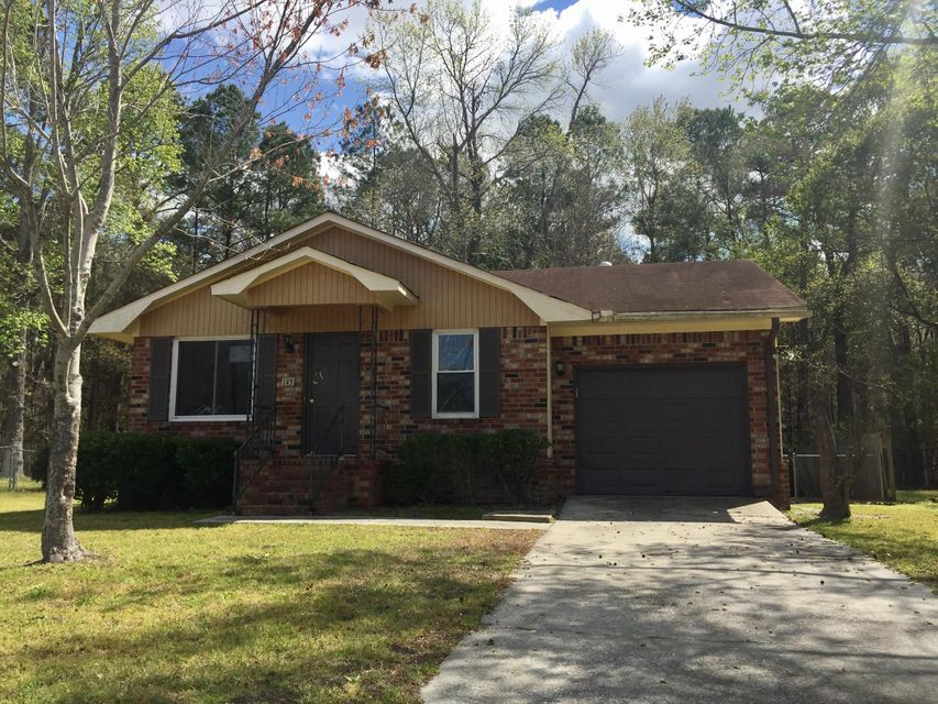 143  Heather Drive Summerville, SC 29486