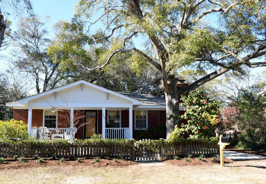 210  Freeman Street Mount Pleasant, SC 29464