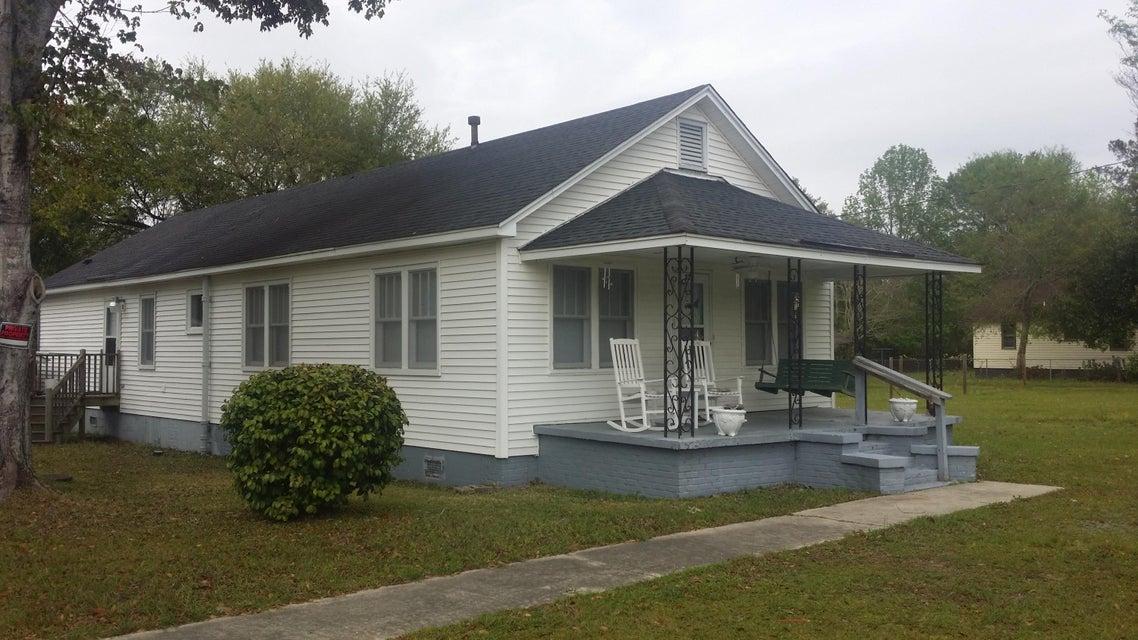 224  Embassy Drive Summerville, SC 29483
