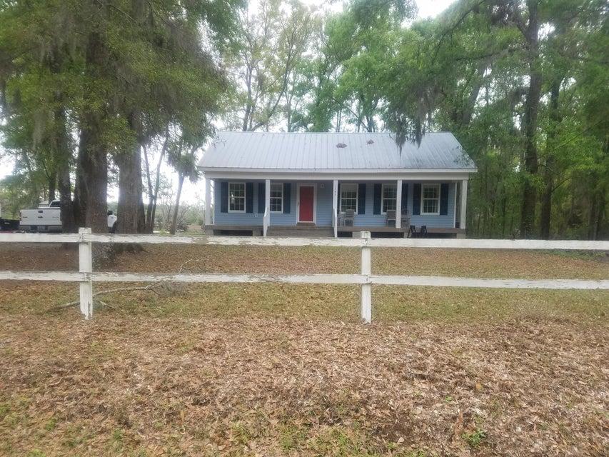 1785  Oak Estates Way Edisto Island, SC 29438