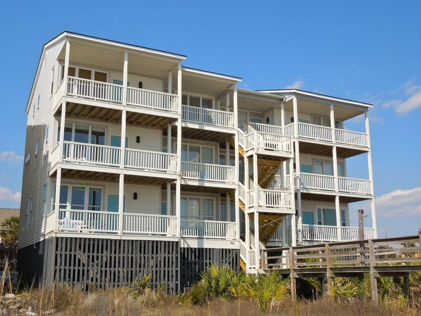 121 E Arctic Avenue Folly Beach, SC 29439