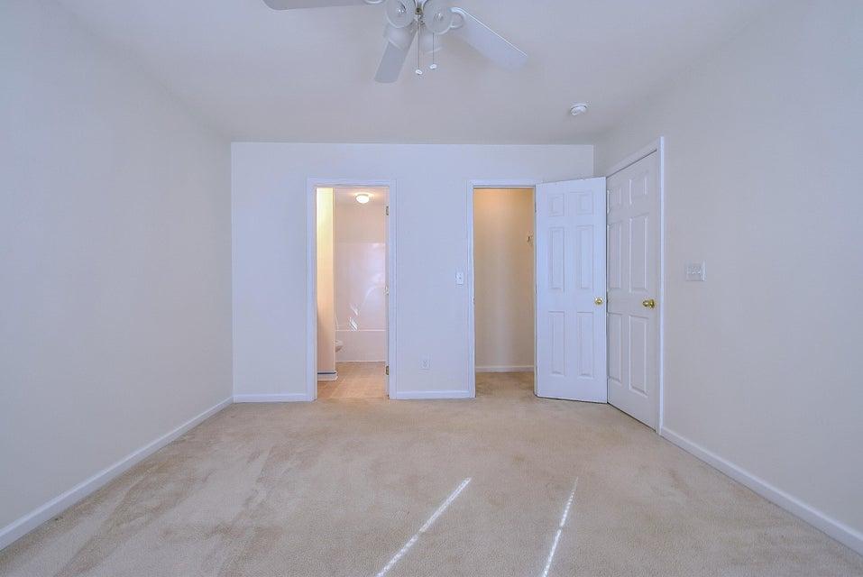 4876  Oak Leaf Road Summerville, SC 29485