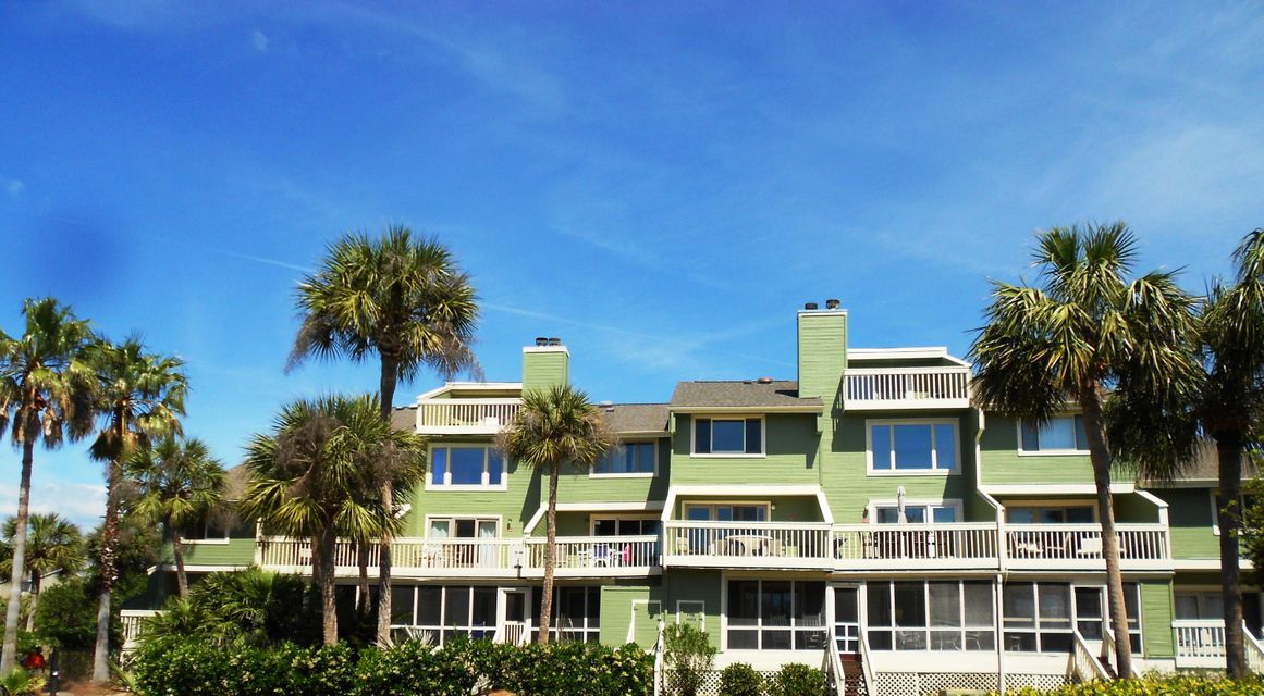 6  Mariners Walk Drive Isle Of Palms, SC 29451