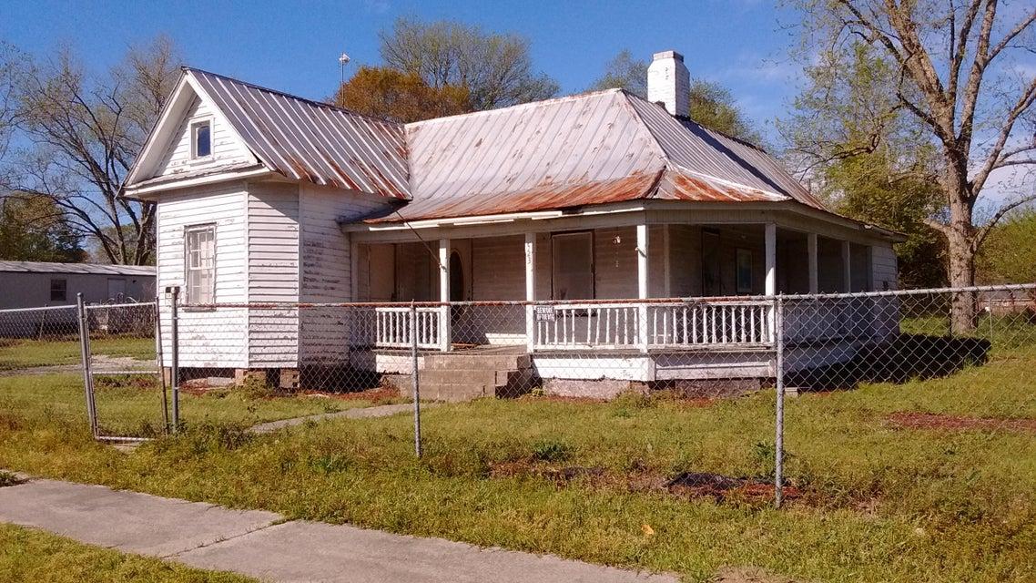 523  Dibble Street Bowman, SC 29018