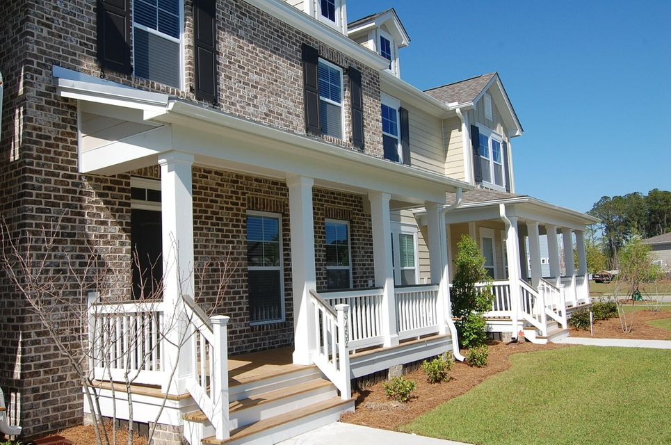 3452  Yarmouth Drive Mount Pleasant, SC 29466