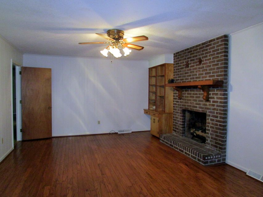 111  Jessen Street Summerville, SC 29483