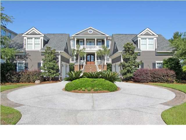 1986  Sandy Point Lane Mount Pleasant, SC 29466