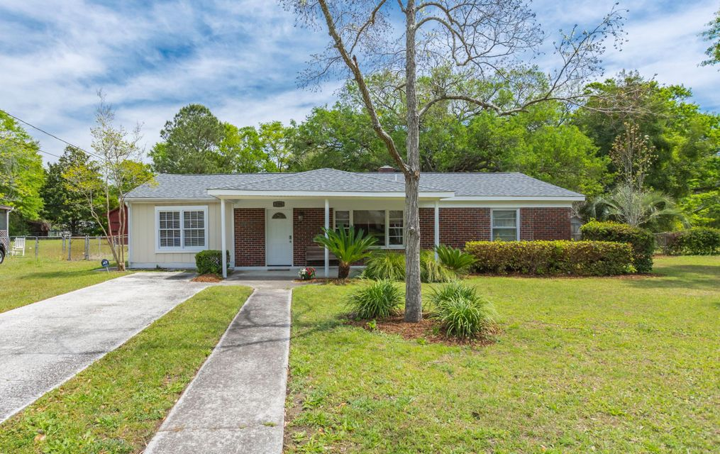 1324  Jeffords Street Charleston, SC 29412