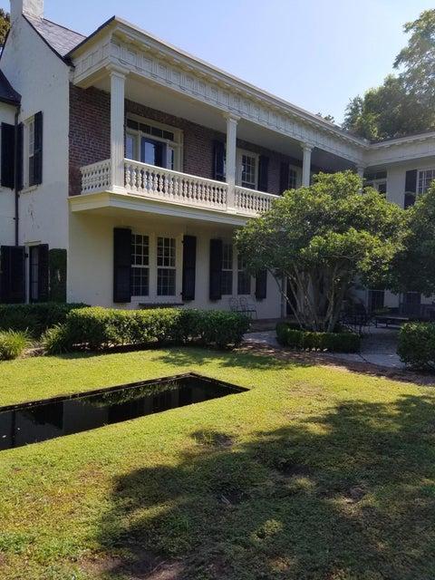 16  Lamboll Street Charleston, SC 29401