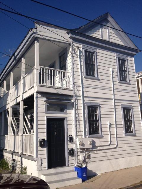 20  Blake Street Charleston, SC 29403