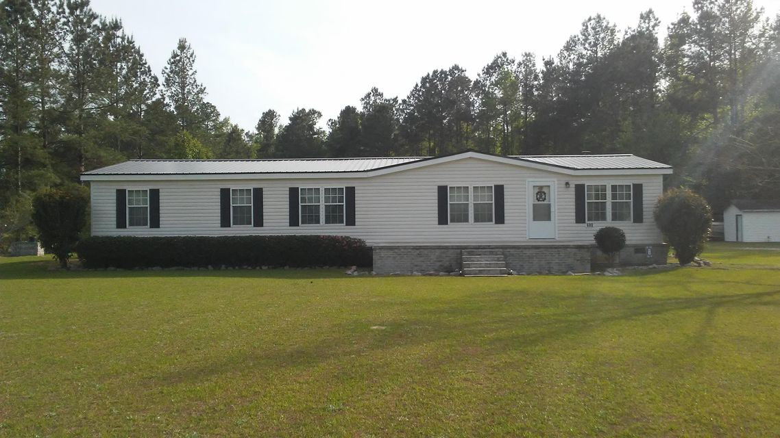 680  Four Wind Road Holly Hill, SC 29059