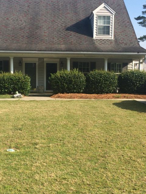 3383  Queensgate Way Mount Pleasant, SC 29466
